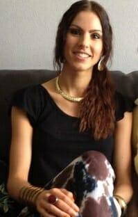 Melissa Van Roosbroeck of Kissandmakeupsbeautyblog dot com